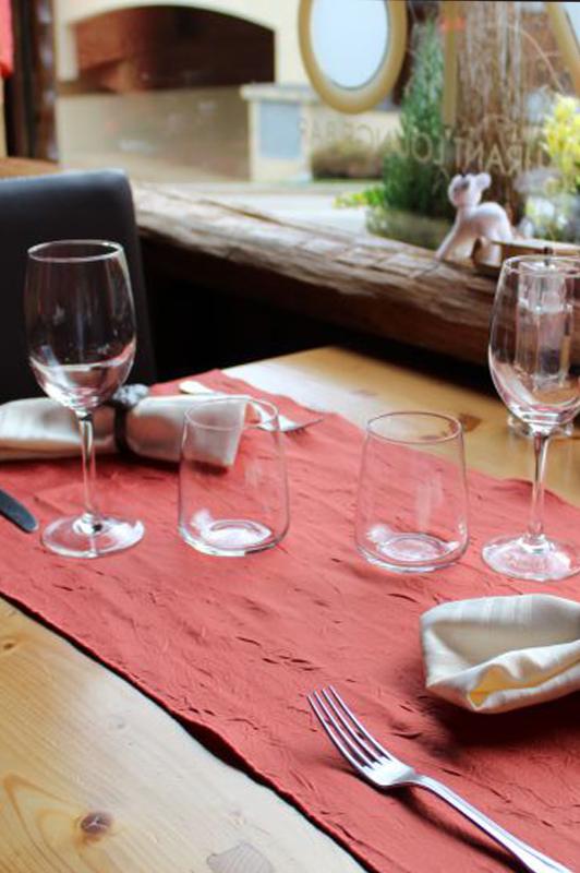 Restaurant Gastronomie A Les Carroz D Araches En Haute